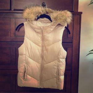 Gap kids puff vest